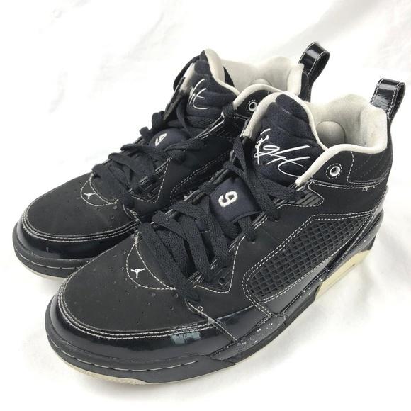 new styles 37d52 ff561 NIKE Air Jordan Flight 9 Oreo High-Top Youth Shoes.  M 5af5d7583a112eb66ce0df08